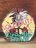 pb-707-03 Countdown to the Mikkennium / Cruella de Vile Pins