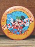 pb-909-13 Mickey Mouse / 80's EPCOT World Showcase Pinback