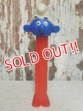 "pz-130917-04 Smurf / 80's PEZ Dispenser ""Thin feet Red Stem"""