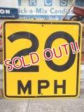 "dp-121216-07 Vintage Road Sign ""MPH 20"""