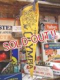 "dp-130619-02 Vintage Pennant ""Football Olympia"" (Yellow)"