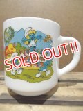gs-130716-15 Smurf / 1988 Milk glass mug (France)