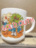 gs-130716-14 Smurf / 1987 Milk glass mug (France)