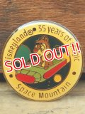 pb-909-09 Disneyland 35 years of magic Space Mountain / Chip Pinback