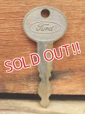 dp-131106-03 Ford / Vintage Key