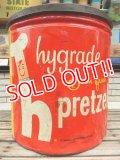 dp-140508-04 Hygrade Pretzels / Vintage Tin Can