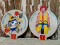 ct-141001-21 McDonald's / 1988 Ronald McDonald & Cosmc Plastic Badge 2p set