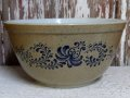 kt-150211-07 Pyrex / 70's Home Stead Round Mixing Bowl (M)