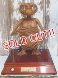 ct-150401-12 E.T. / 2002 AUTHENTIC E.T. 2002 LIMITED EDITION Display