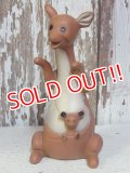ct-160113-33 Kanga & Roo / 60's Squeaky Doll