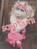ct-151118-22 Miss Piggy / 2000's Plush Doll
