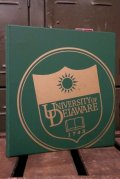 dp-180801-103 University of Delaware / 1990's Binder (A)