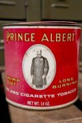 dp-181001-30 PRINCE ALBERT TOBBACO / Vintage Tin Can