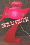 dp-181101-23 Seagram's 7 Crown Whiskey / 1970's-1980's Lighted Sign