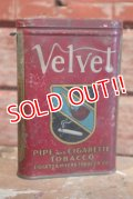 dp-190301-42 Velvet / Pipe and Cigarette 1940's Can