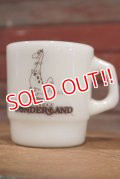 "ct-190501-47 Canada's Wonderland / Anchor Hocking 1980's ""Dino"" Mug"
