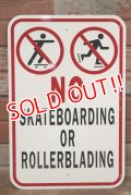 "dp-190901-42 Road Sign ""NO SKATEBOARDING or ROLLERBLADING"""