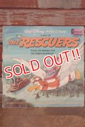 ct-190910-04 The Rescuers / 1970's Record & Book