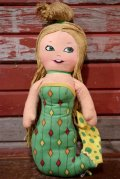 ct-191211-09 Chicken of the Sea / MATTEL 1974 Mermaid Rag Doll