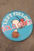 "ct-200201-40 Snoopy / 1970's Pinback ""LEFT FIELDER"""