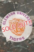 dp-200301-06 Clemson University Tigers / Vintage College Pinback
