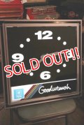 dp-200301-58 GM Parts Goodwrench / 1980's-1990's Light-Up Clock