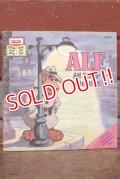 """ct-200501-24 ALF / 1988 Read-Along Book """"Alf Plays Detective"""""""