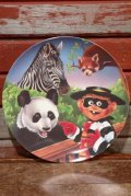 "ct-201001-09 McDonald's / 1996 Collectors Plate ""Hamburglar in Zoo"""