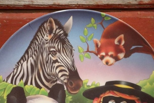 "画像3: ct-201001-09 McDonald's / 1996 Collectors Plate ""Hamburglar in Zoo"""