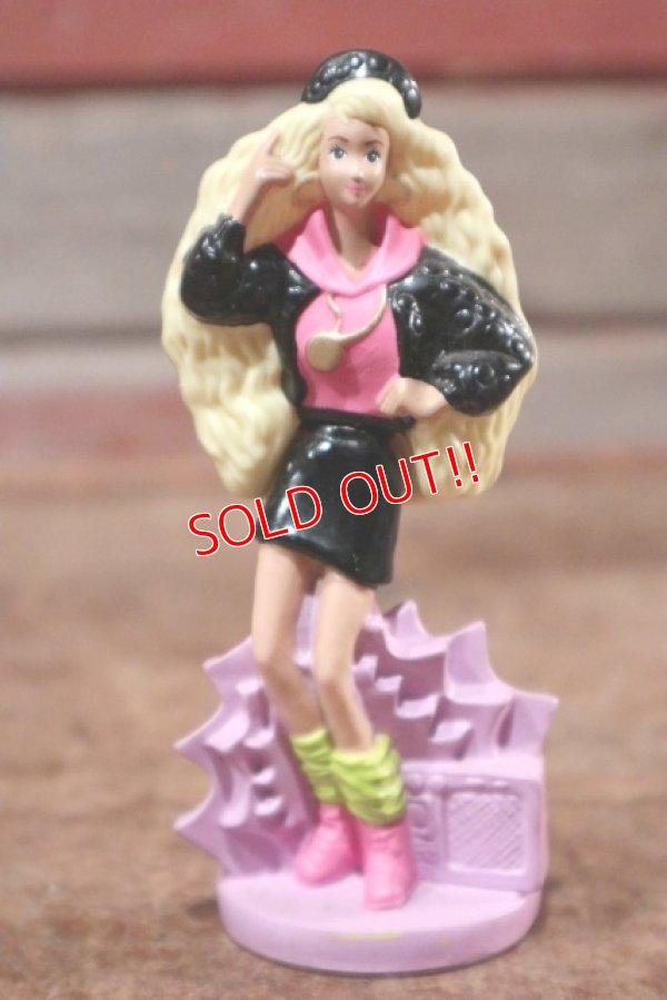 """画像1: ct-208001-10 Barbie / McDonald's 1992 Meal Toy """"Rappin' Rockin' Barbie"""""""