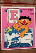 ct-210101-06 Ernie & Rubber Duckie / Playskool 1970's Wood Frame Tray Puzzle