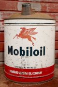 dp-201201-49 Mobiloil / 1950's 5 U.S.GALLONS Oil Can