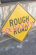 "dp-210201-19 Road Sign ""ROUGH ROAD"""