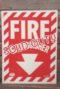 dp-210701-48 FIRE EXTINGUISHER / Vintage Plastic Sign