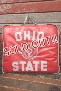dp-210901-54 OHIO STATE UNIVERSITY / Vintage Cushion